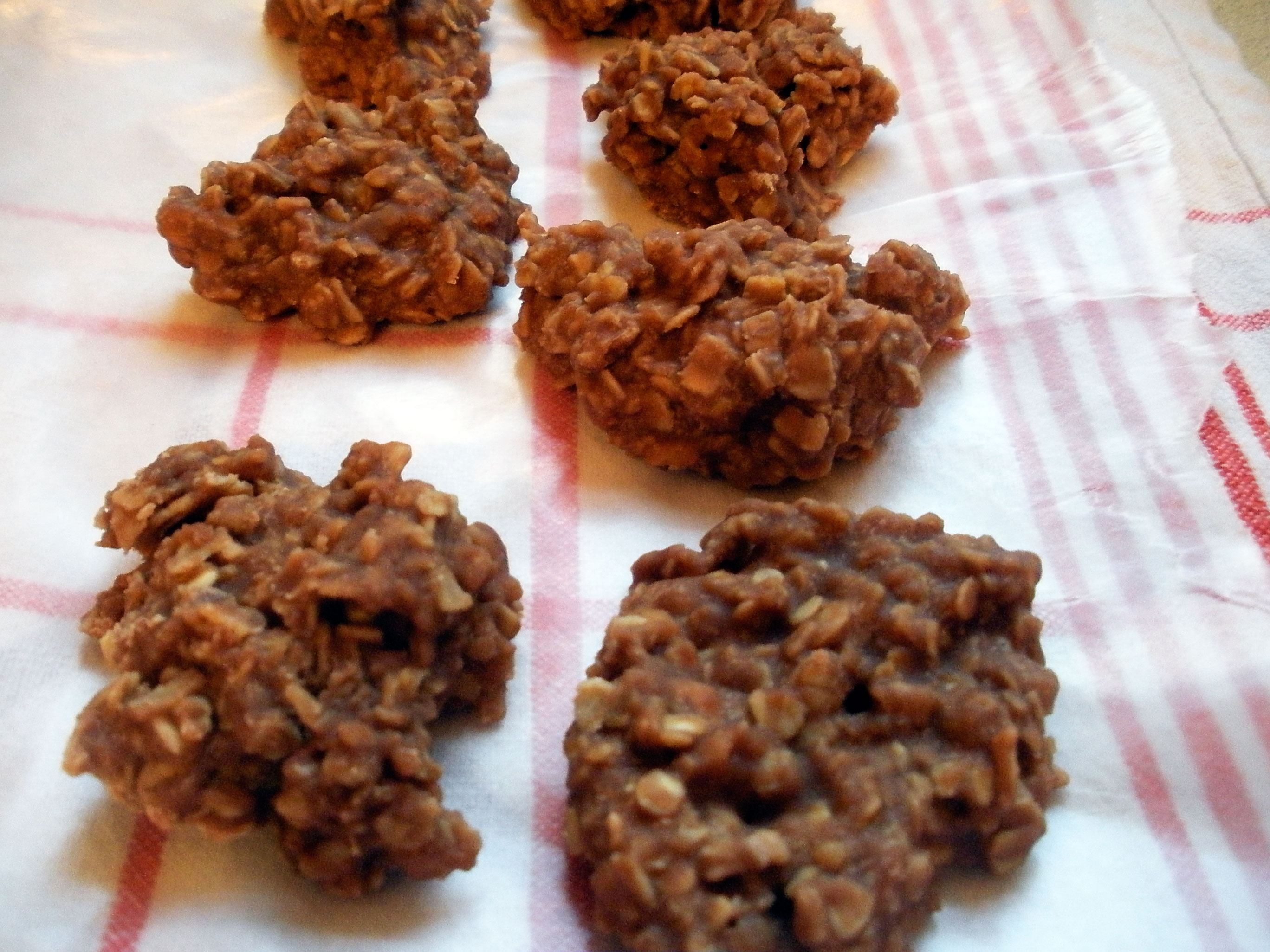 These no-bake oatmeal cookies had been on my mind, but without a good ...