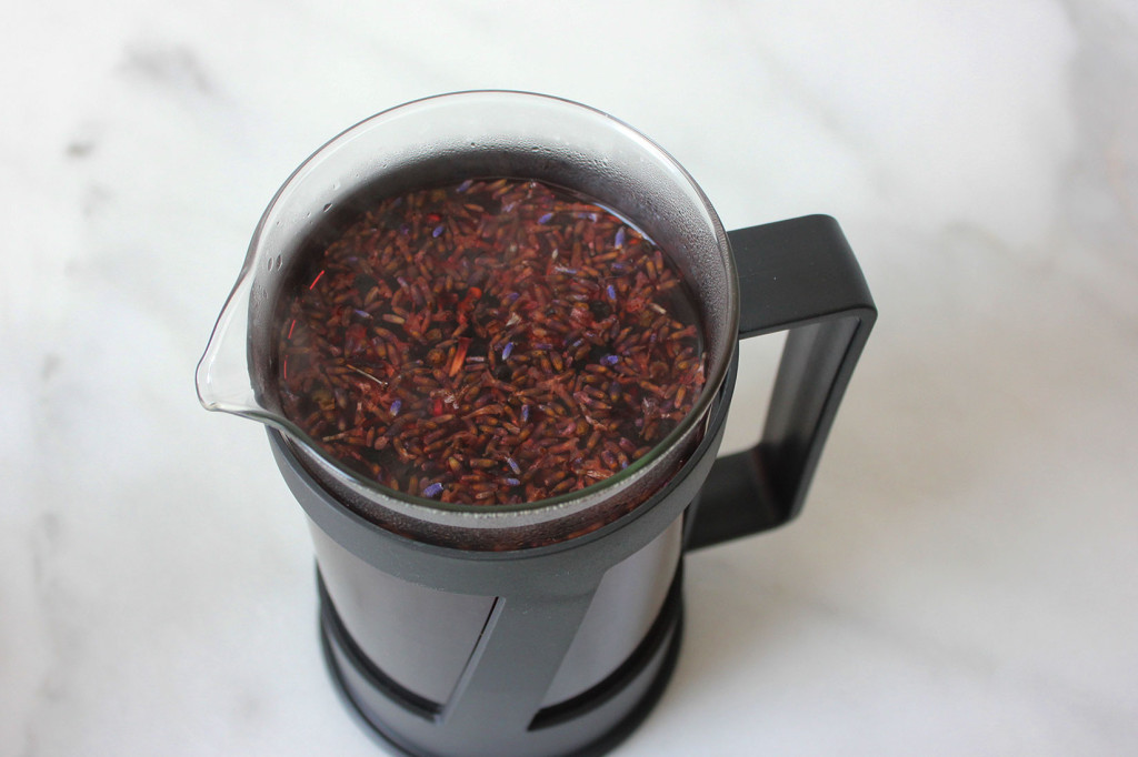 Lavender, Hibiscus, & Elderberry Tisane // Autumn Makes & Does
